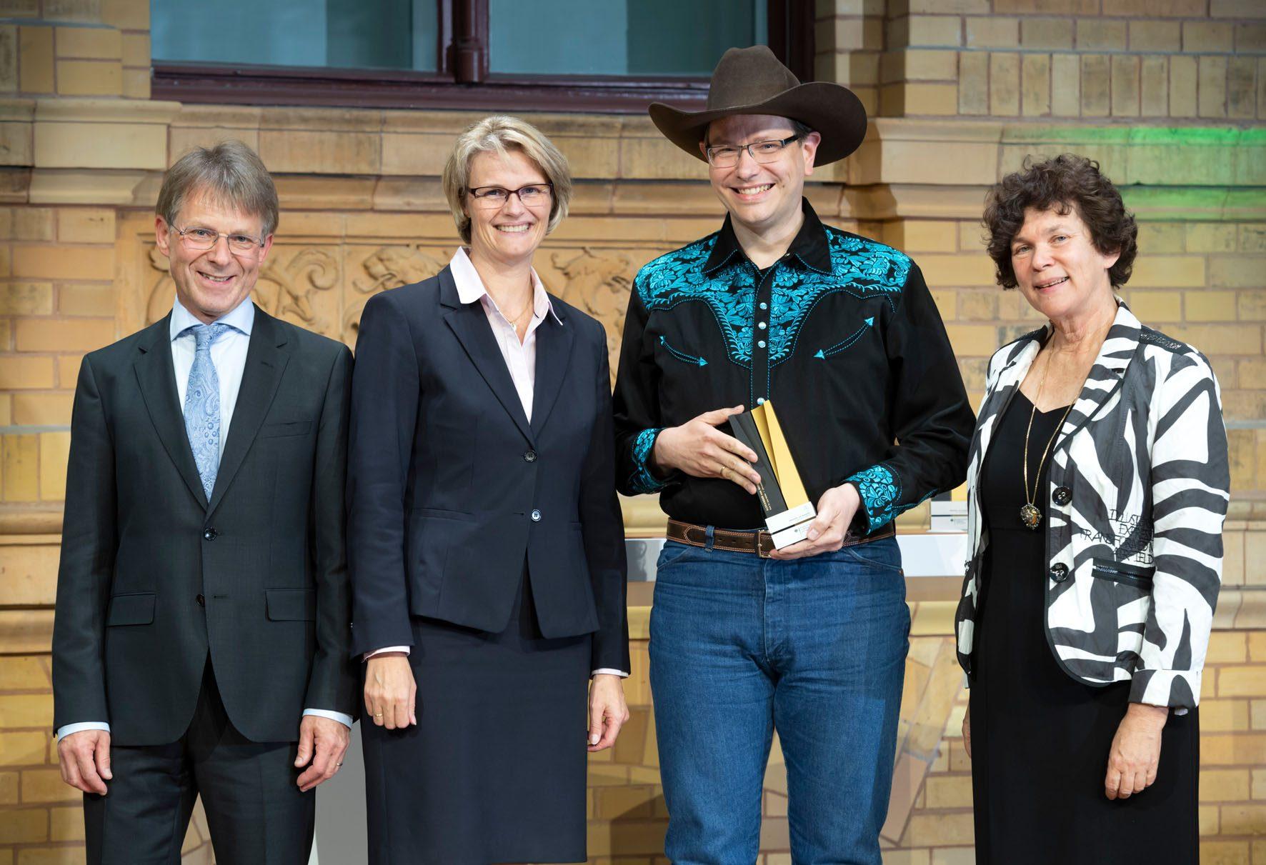The Alexander von Humboldt Foundation awarded Prof. Dr. Jens Meiler